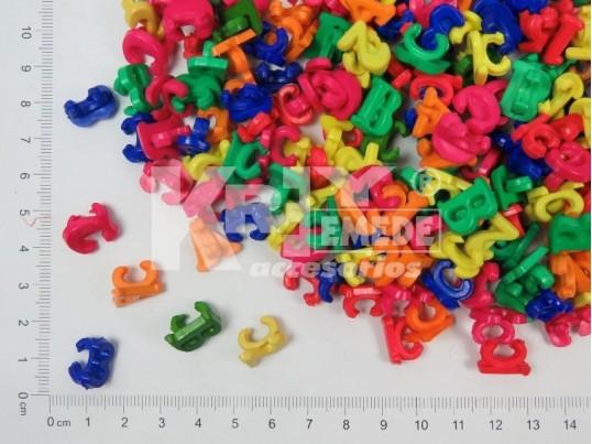 Aplique plástico letras y números de colores