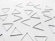 Dije triangulo liso 2.4 mm